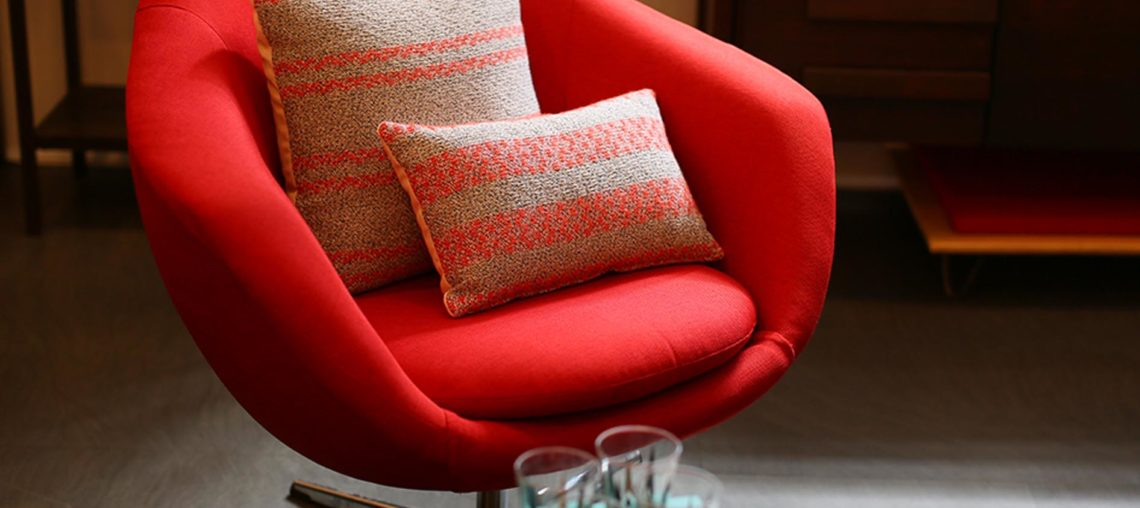 How to Buy the Perfect Accent Chair