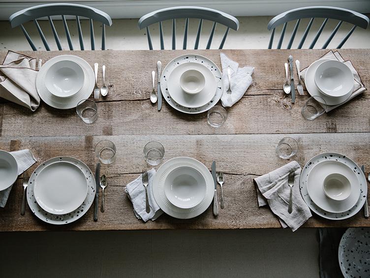 jersey-ice-cream-farmhouse-dining-room