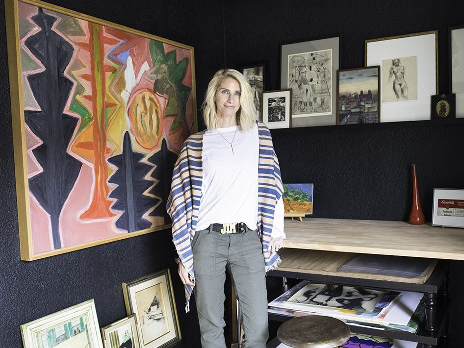 6 Expert Tips on Collecting Art