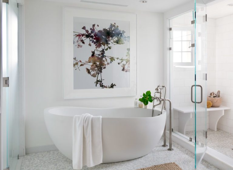 How to Choose Artwork for Your Master Bath