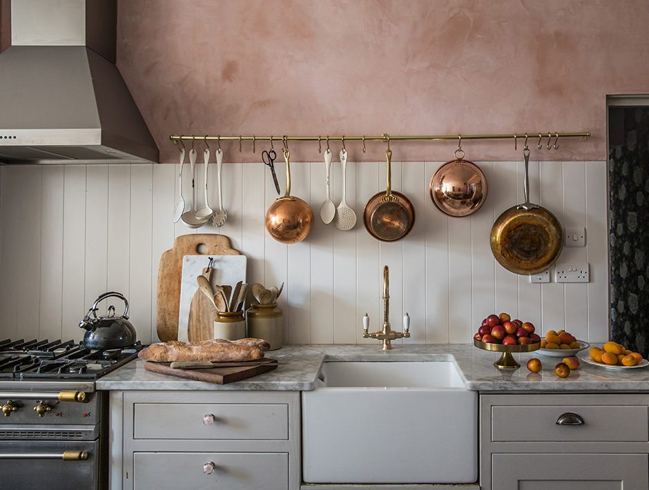 7 Charming Vintage Kitchen Decor Ideas