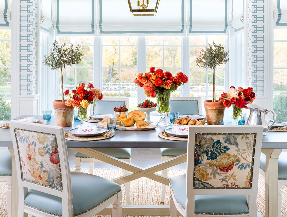 Outstanding Chic Spring Tablescapes To Inspire Your Next Fete Short Links Chair Design For Home Short Linksinfo