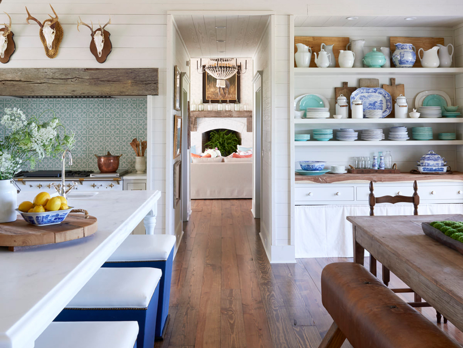38 Open Kitchen & Dining Areas