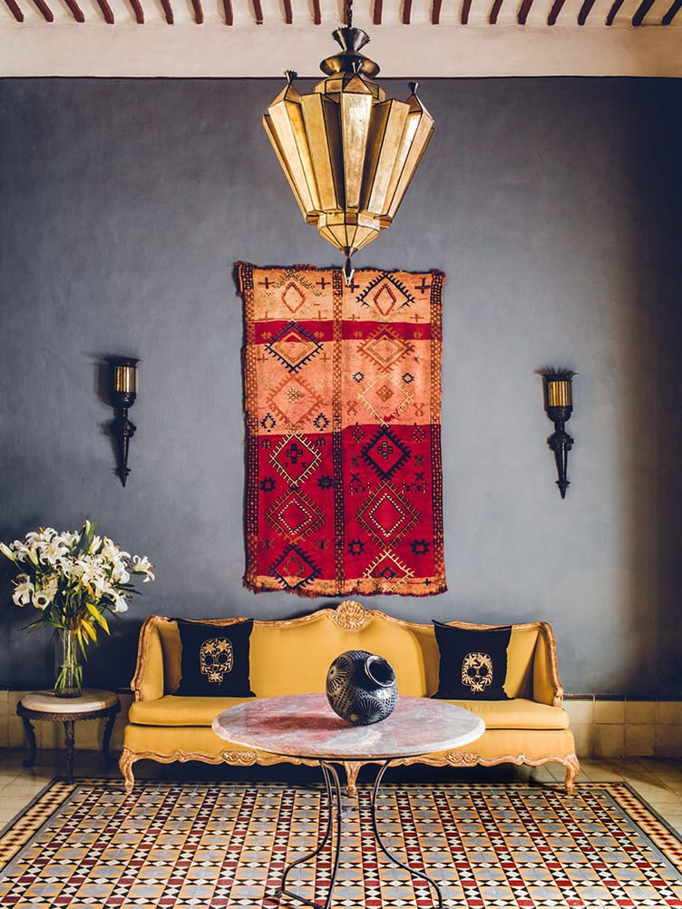 Guide How To Hang A Rug On The Wall As Gorgeous Wall Art