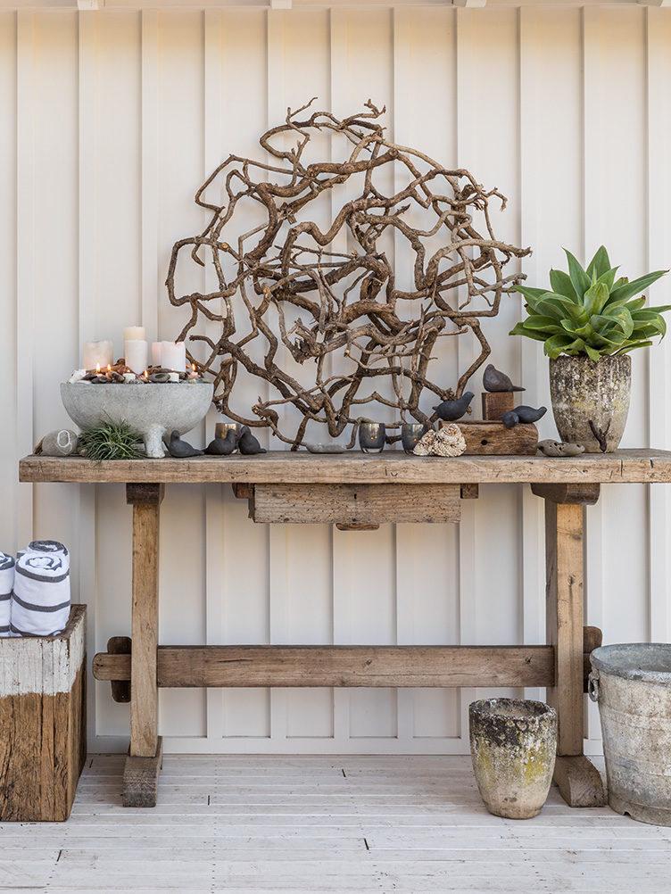 garden ideas, outdoor furniture, outdoor console table, planters, planks, California gardens