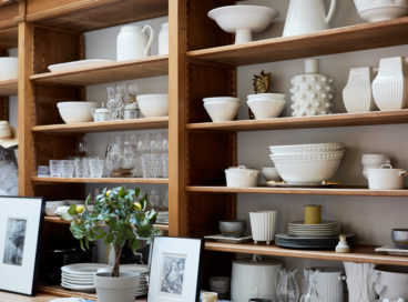 How Do You Arrange Dishes in a China Cabinet?