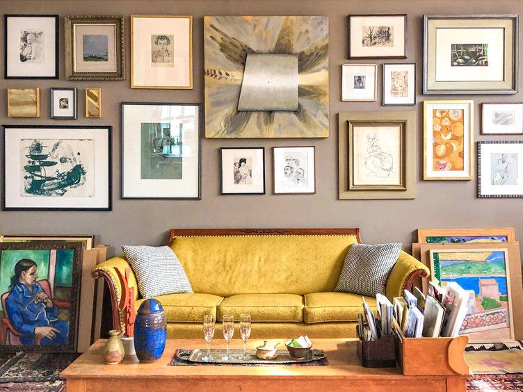 gallery wall salon vintage settee art salon living room