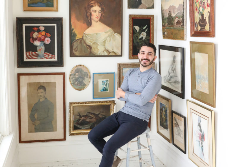 A Pro's Tips For Collecting Vintage Art