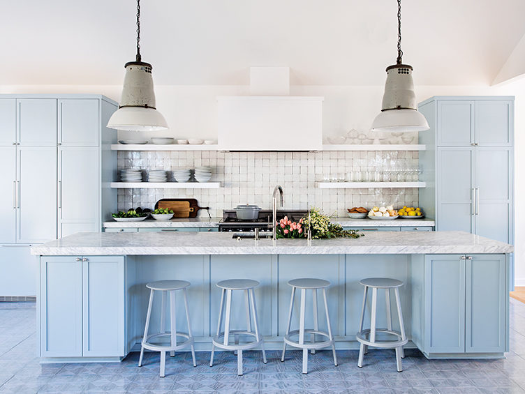 blue kitchen, modern kitchen, marble kitchen shelves