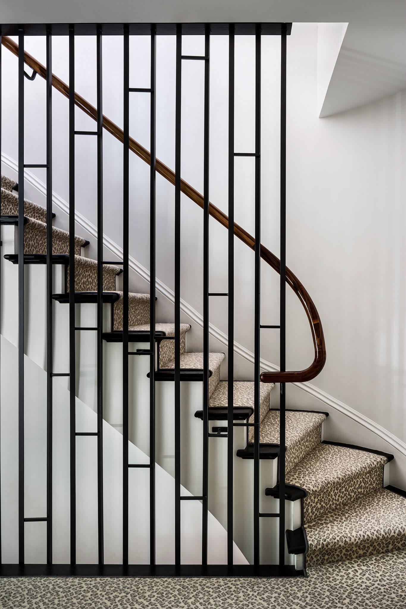 Boerum Hill Beaut, Staircase by CWB Architects