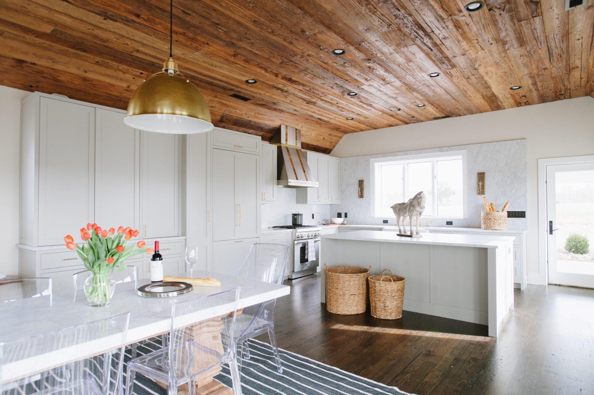Barn to Guest House Conversion by Sutphin Architecture