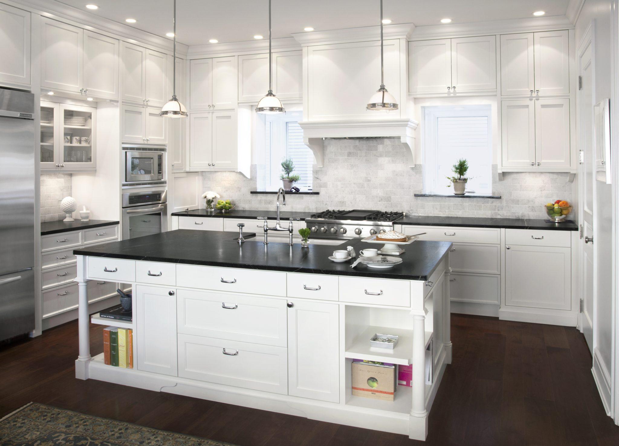 - 38 Kitchens With Marble Backsplashes - Chairish Blog