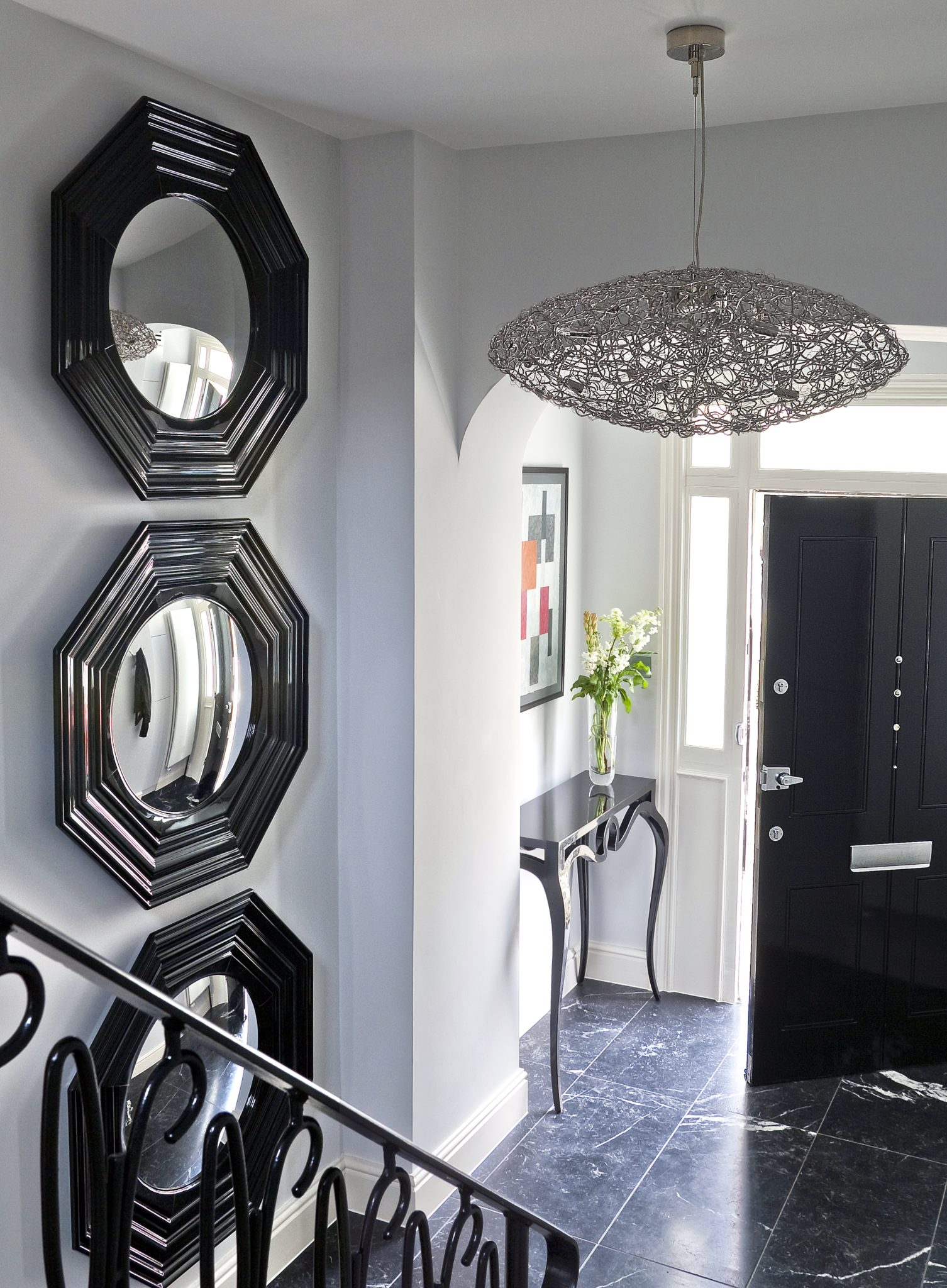 Hyde Park townhouse: entry by KNOF design