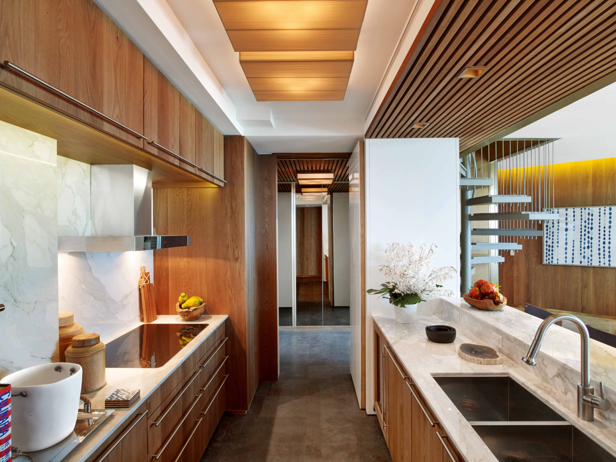 Diamond Head Penthouse Kitchen by Guerin Glass Architects