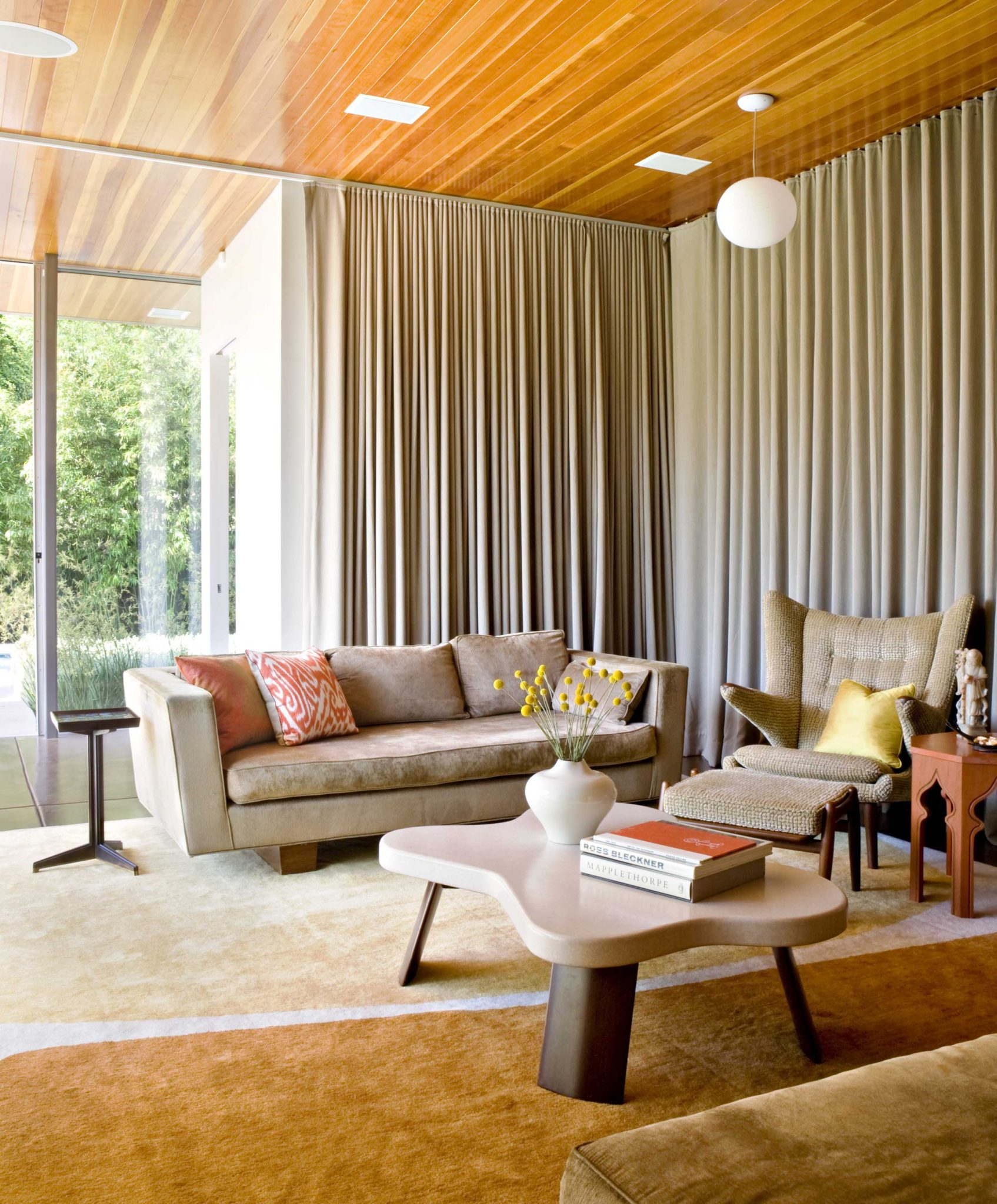 Mid-Century Modern Living Rooms - Chairish Blog