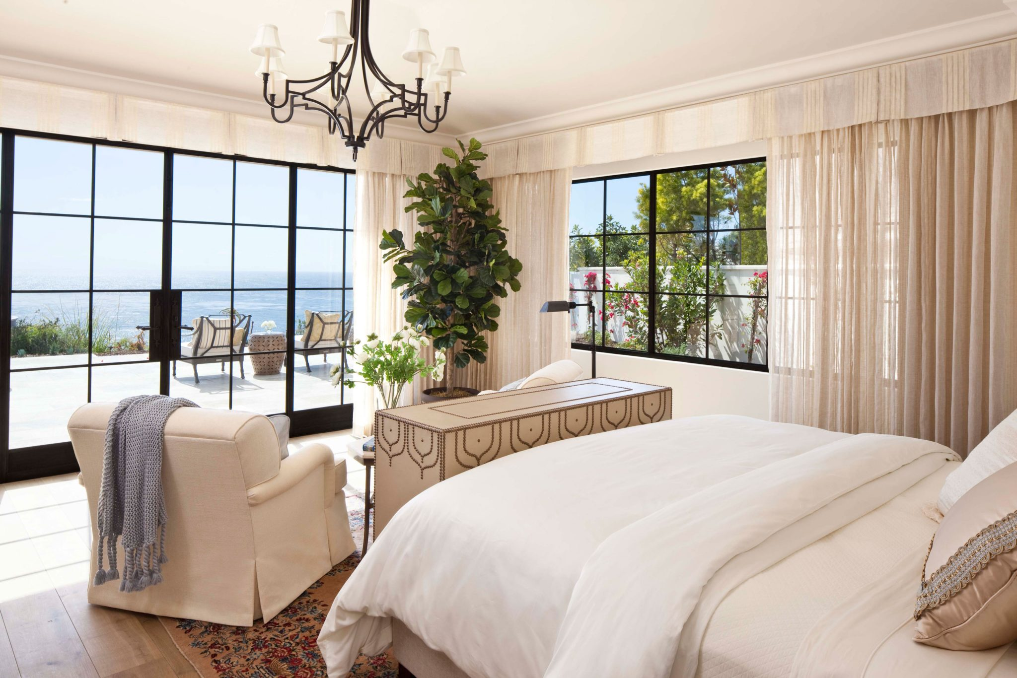 Private residence master bedroom - Dana Point, California, by SFA Design