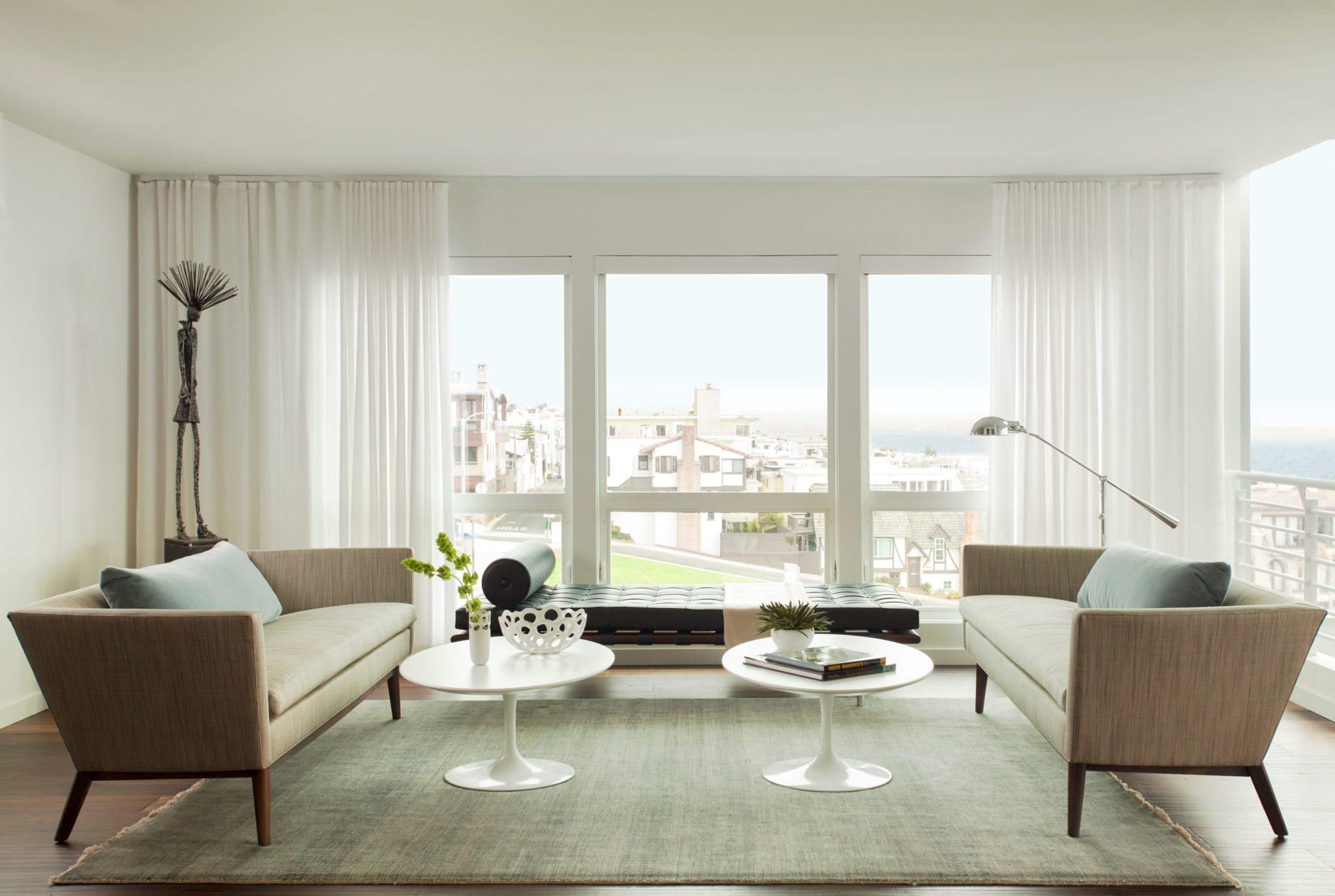 Manhattan Beach, California Modern Living Room by JN Interior Spaces