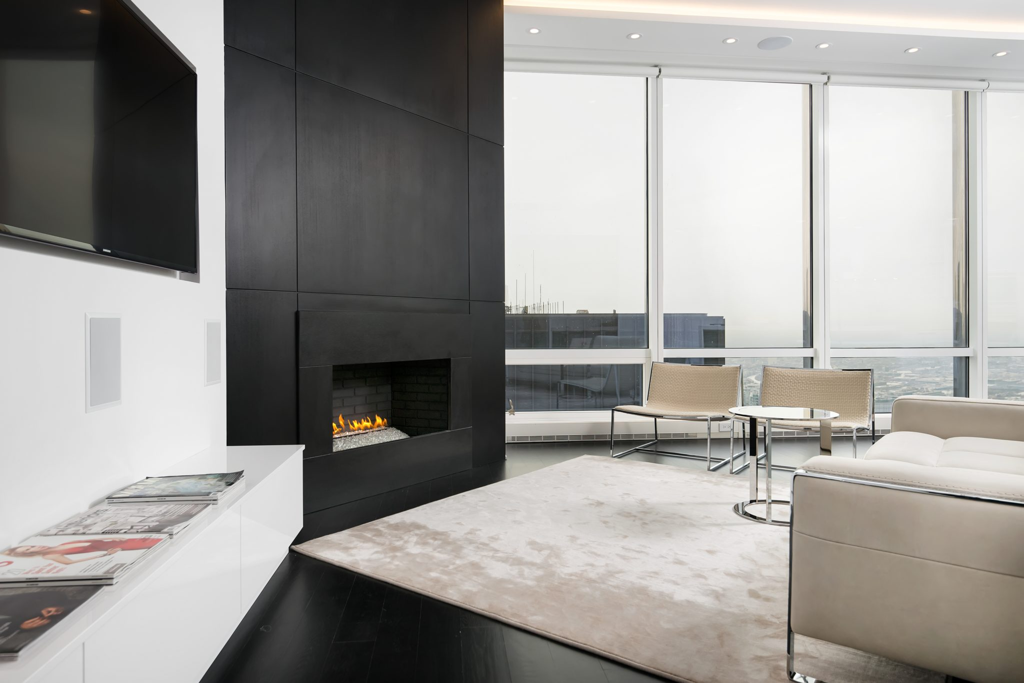 A clean and modern bachelor pad in the Trump building in downtown Chicago. By Dresner Design