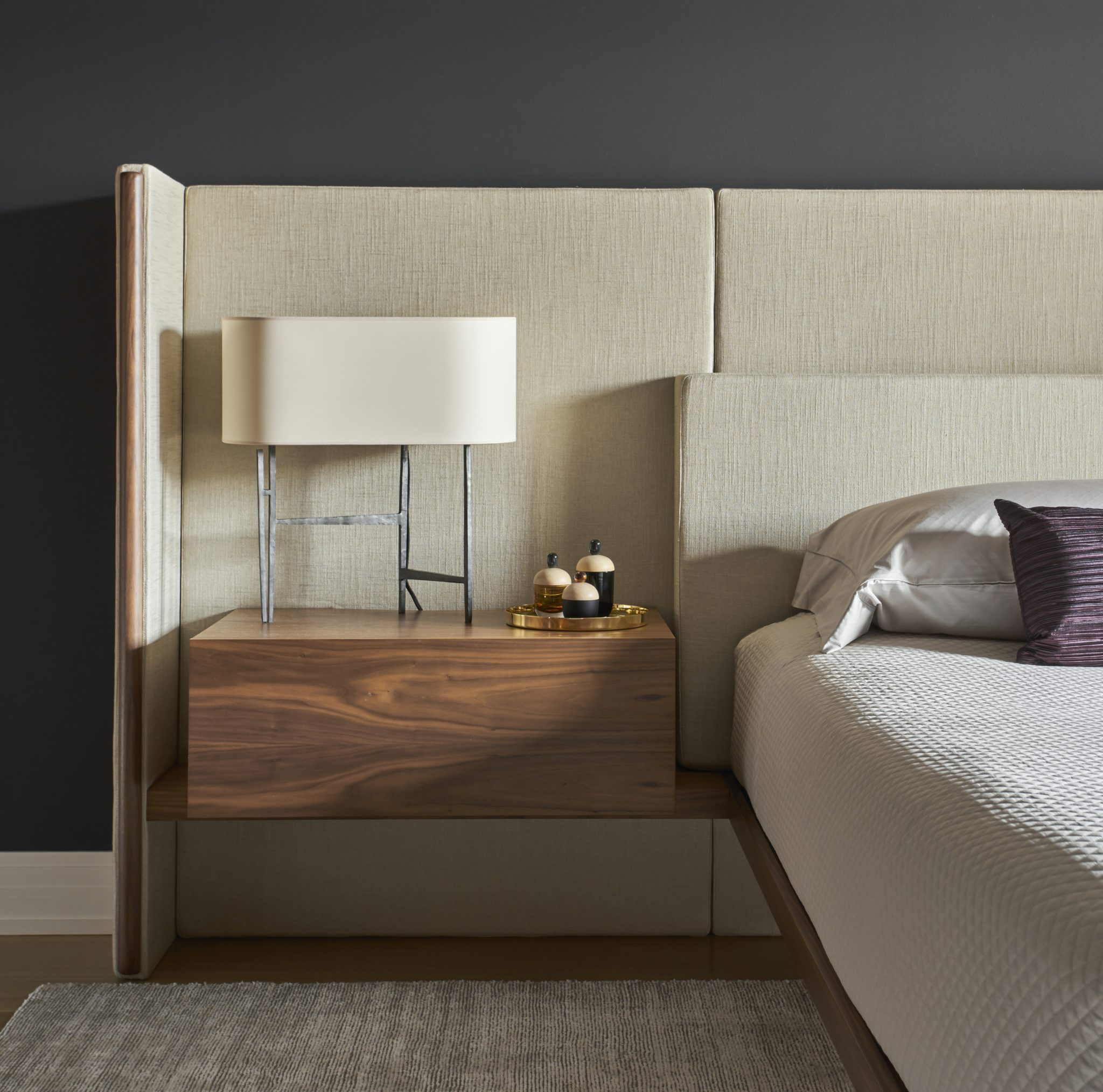 Deming Place on the Park Bedroom by STUDIO GILD