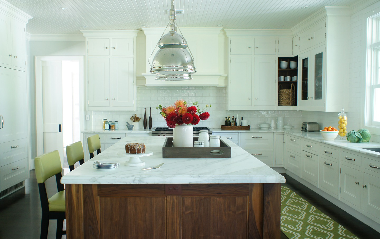 Coastal kitchen by Christopher Burns Interiors
