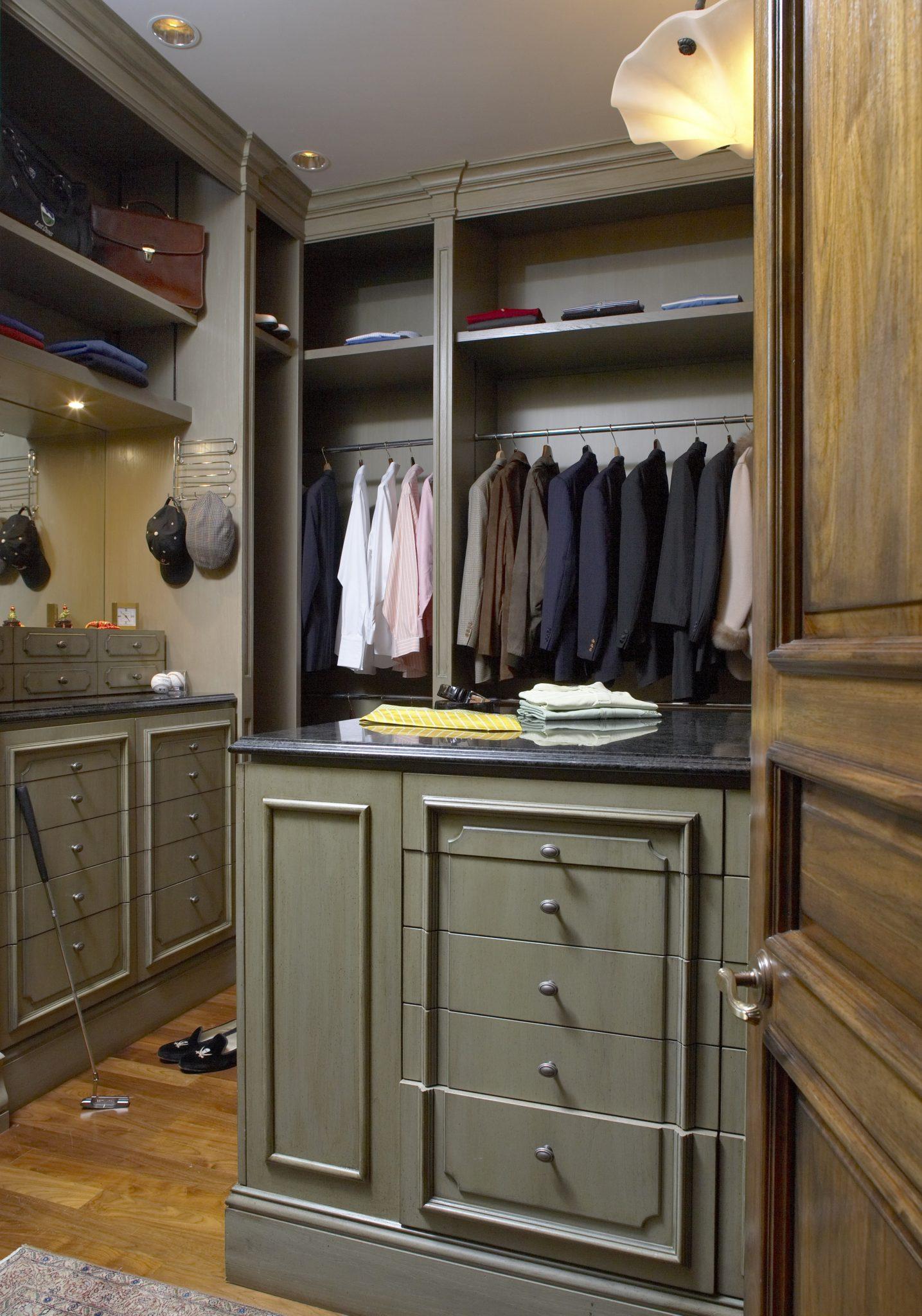 Dressing Room by BGD&C