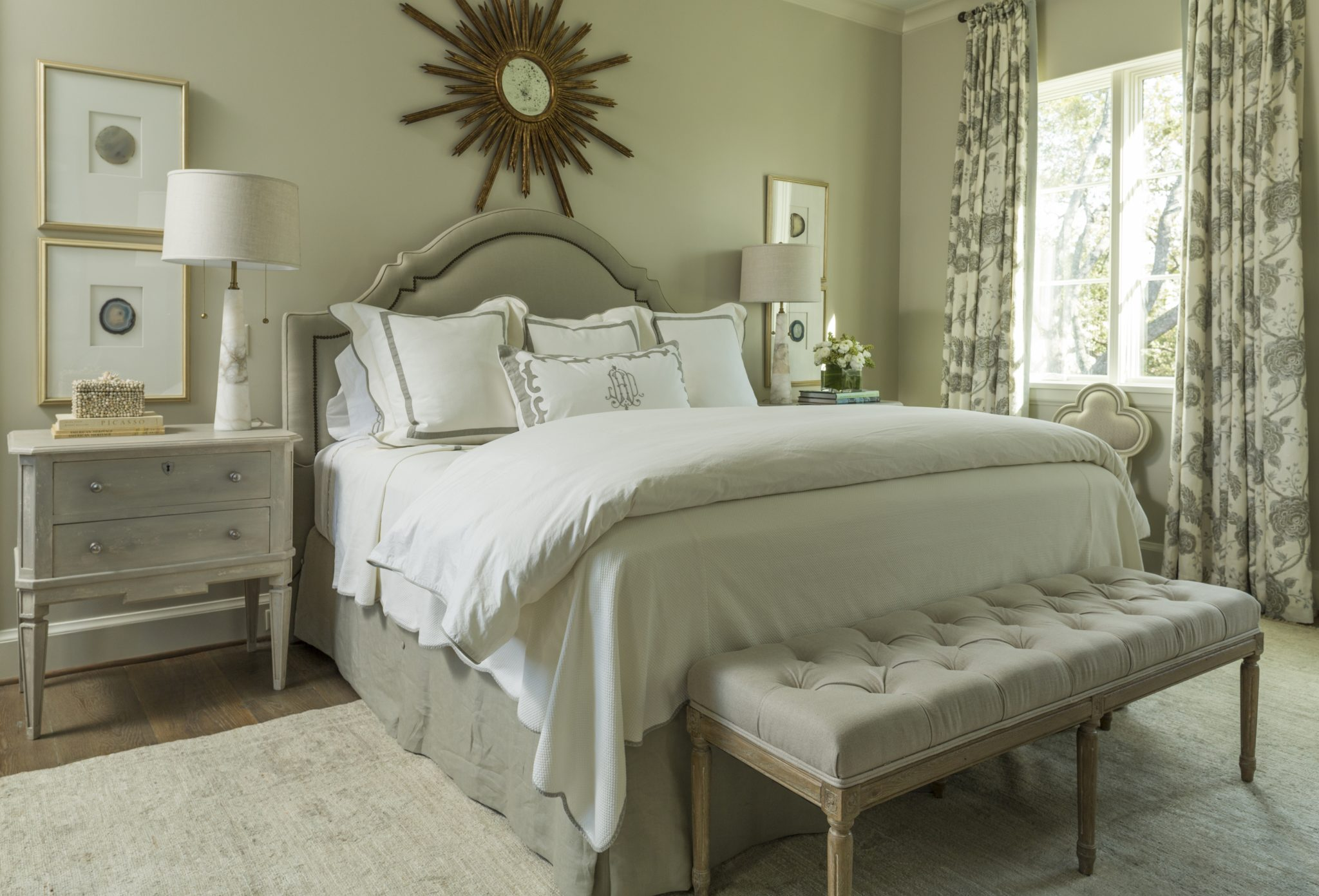 West University, Houston, Texas, neutral guest bedroom by Chapman Design