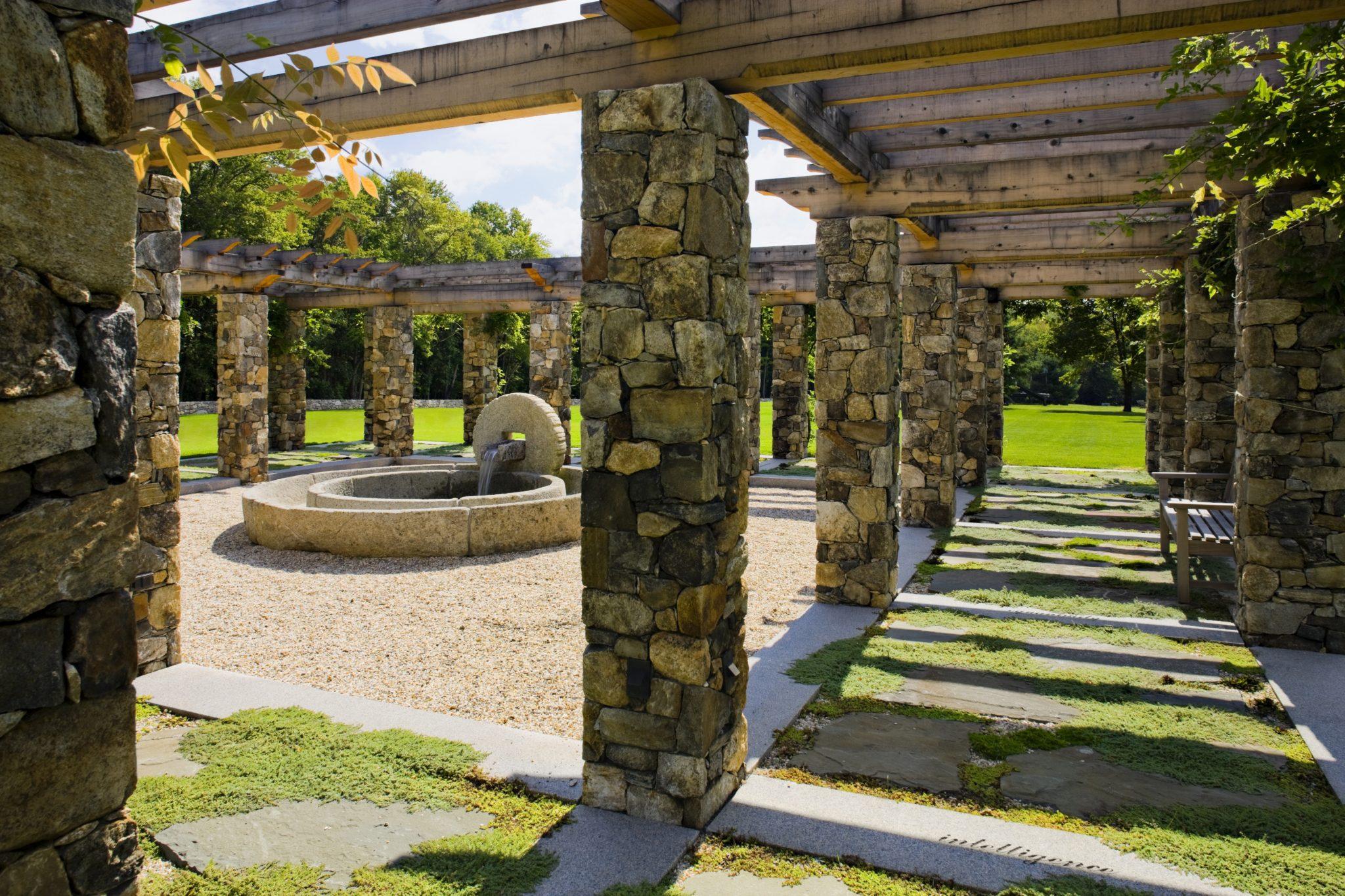 Meditation Garden Pergola by Haver & Skolnick Architects