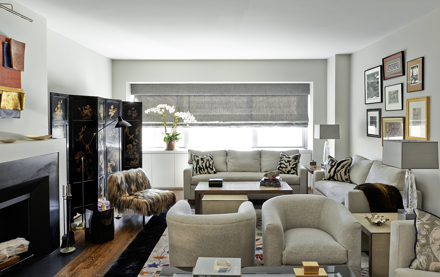 Park Avenue apartment - living room by Katch I.D. Interiors