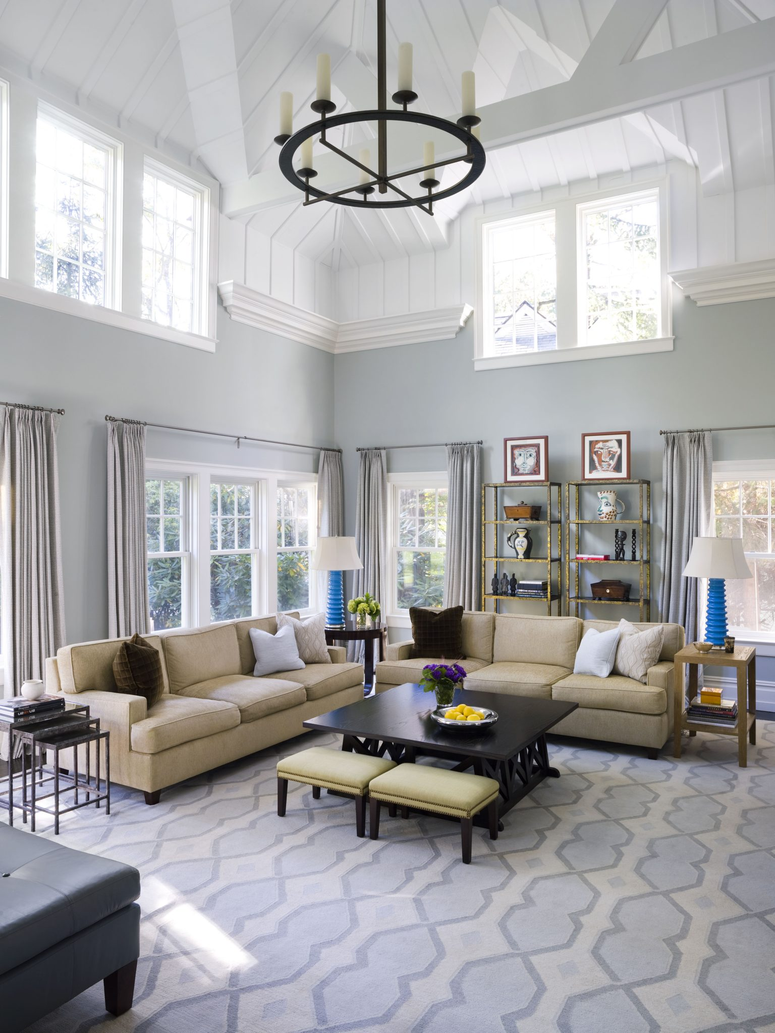 Double Height Family Room, Exposes Truss,Clerestory Windows,Board&Batten Ceiling by Alisberg Parker Architects