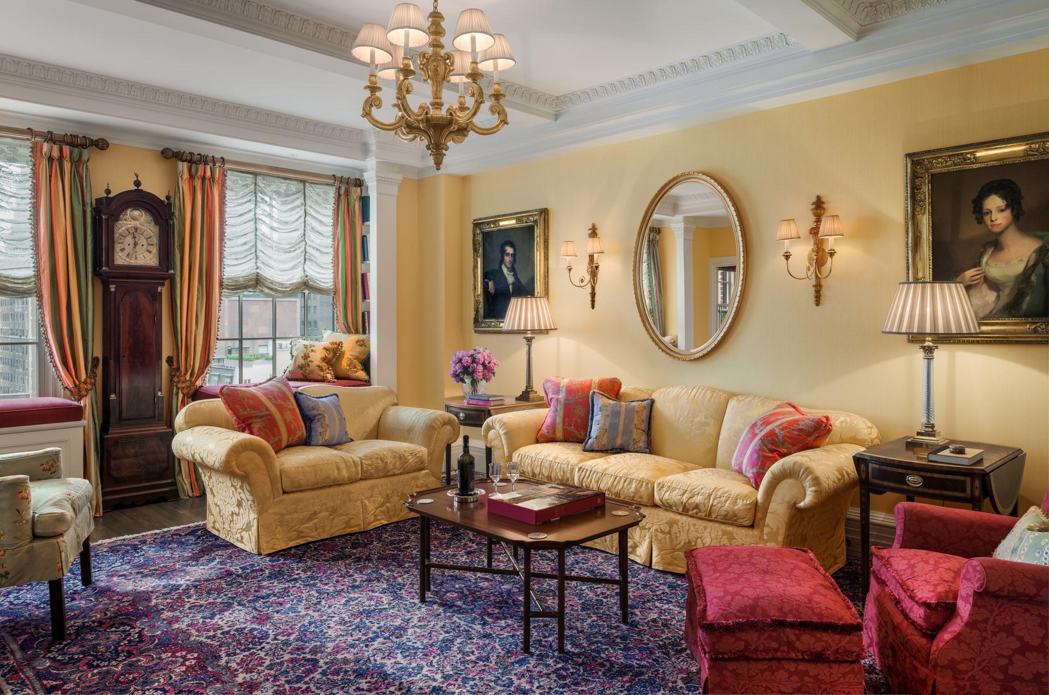 Manhattan apartment living room by Eberlein Design