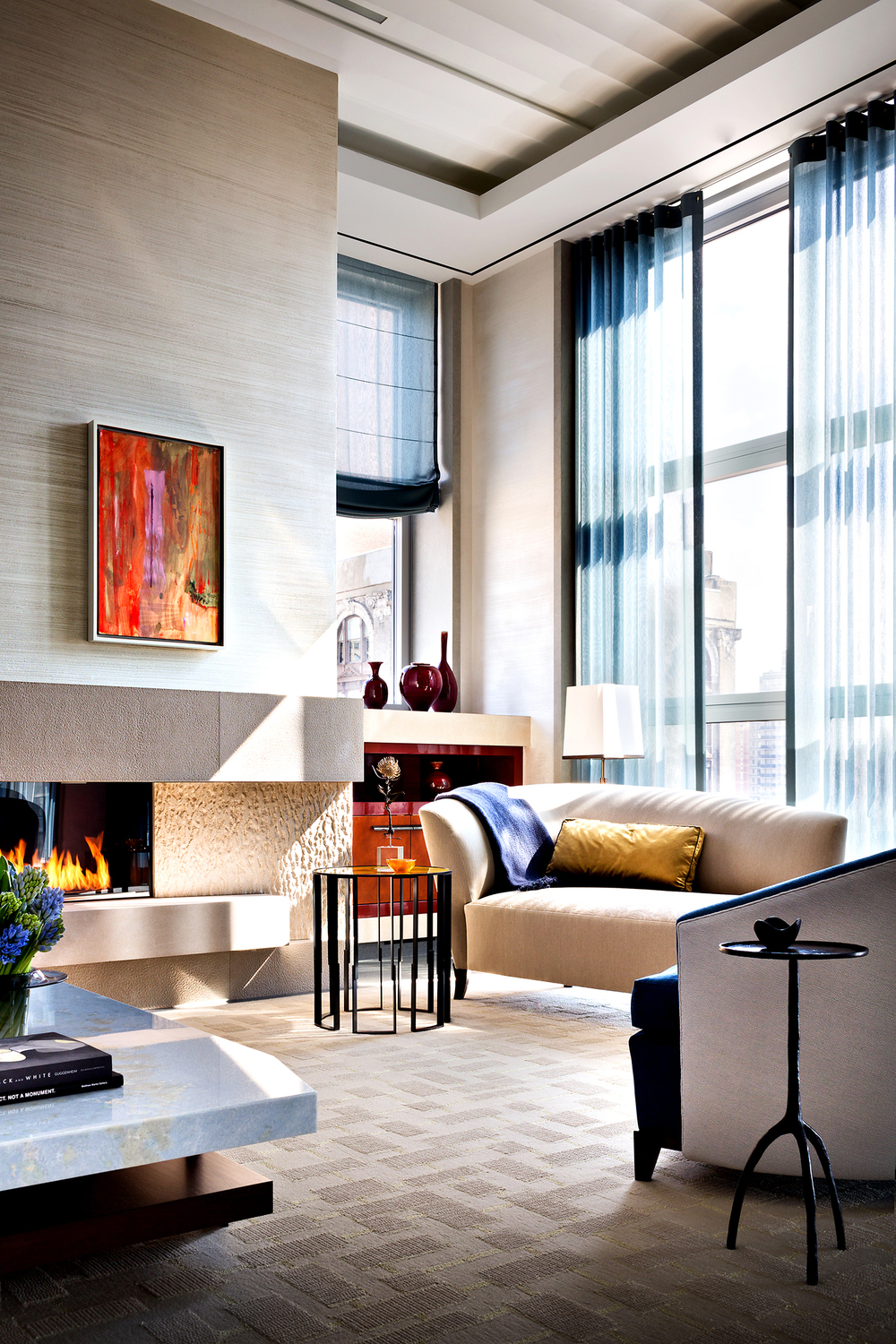 Contemporary High-rise: Fabricate Beautiful Sheer Curtains and Roman Shades by Contract Workroom