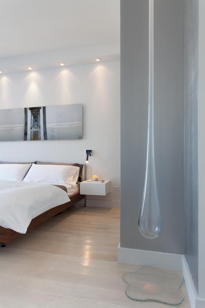 A bedroom in New York Cityby Matthew Yee Interiors