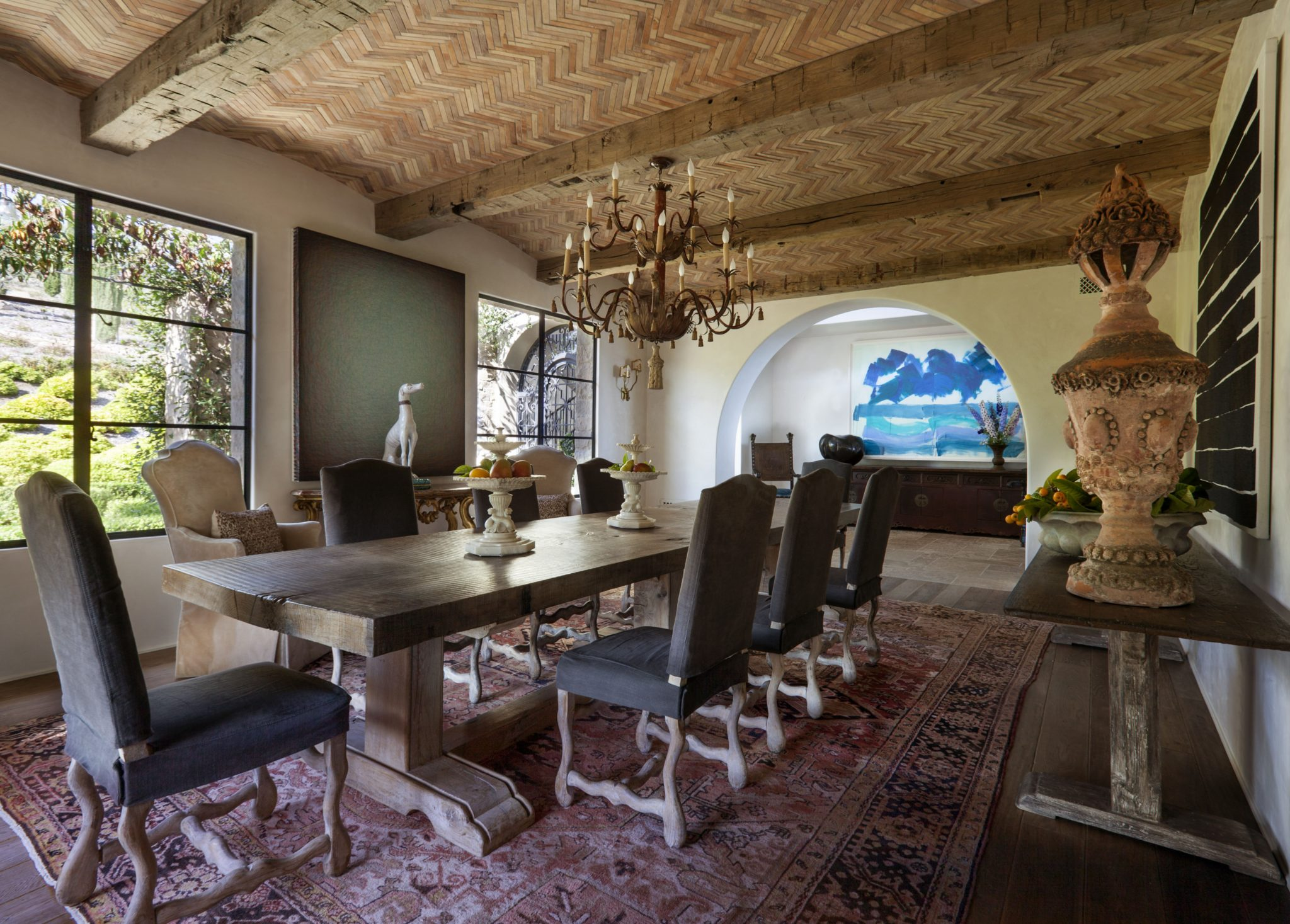 Dinning Room with Vaulted Ceiling by Paul Brant Williger, Architect Inc.