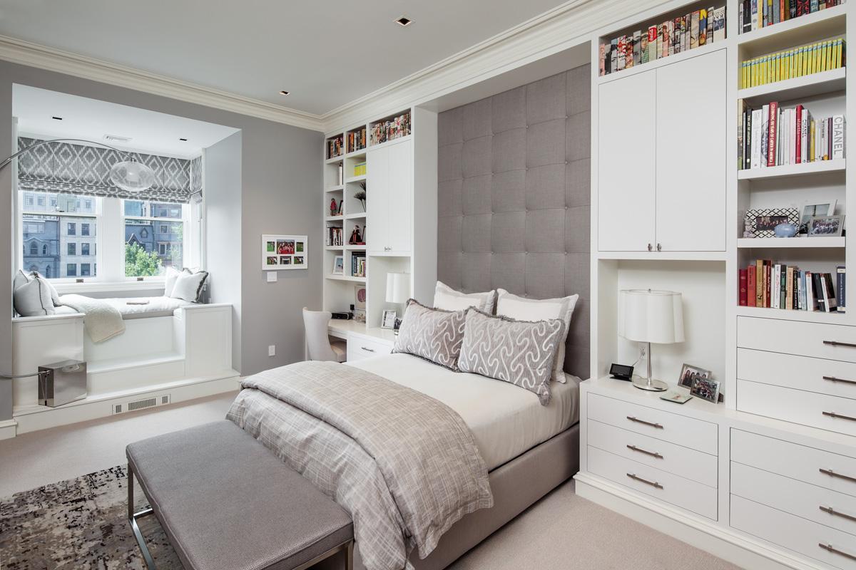30 Stylish Bedrooms With Bookshelves Chairish Blog