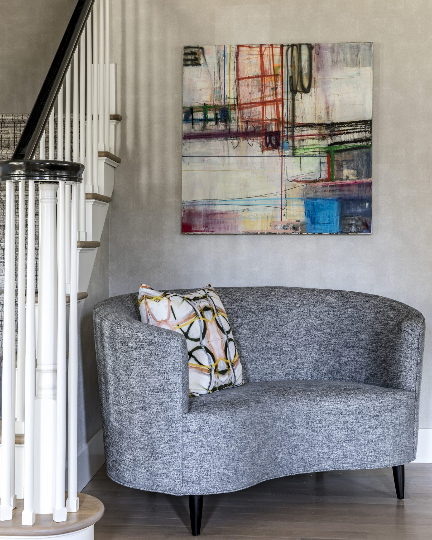 Foyer with curved bench by A-List Interiors