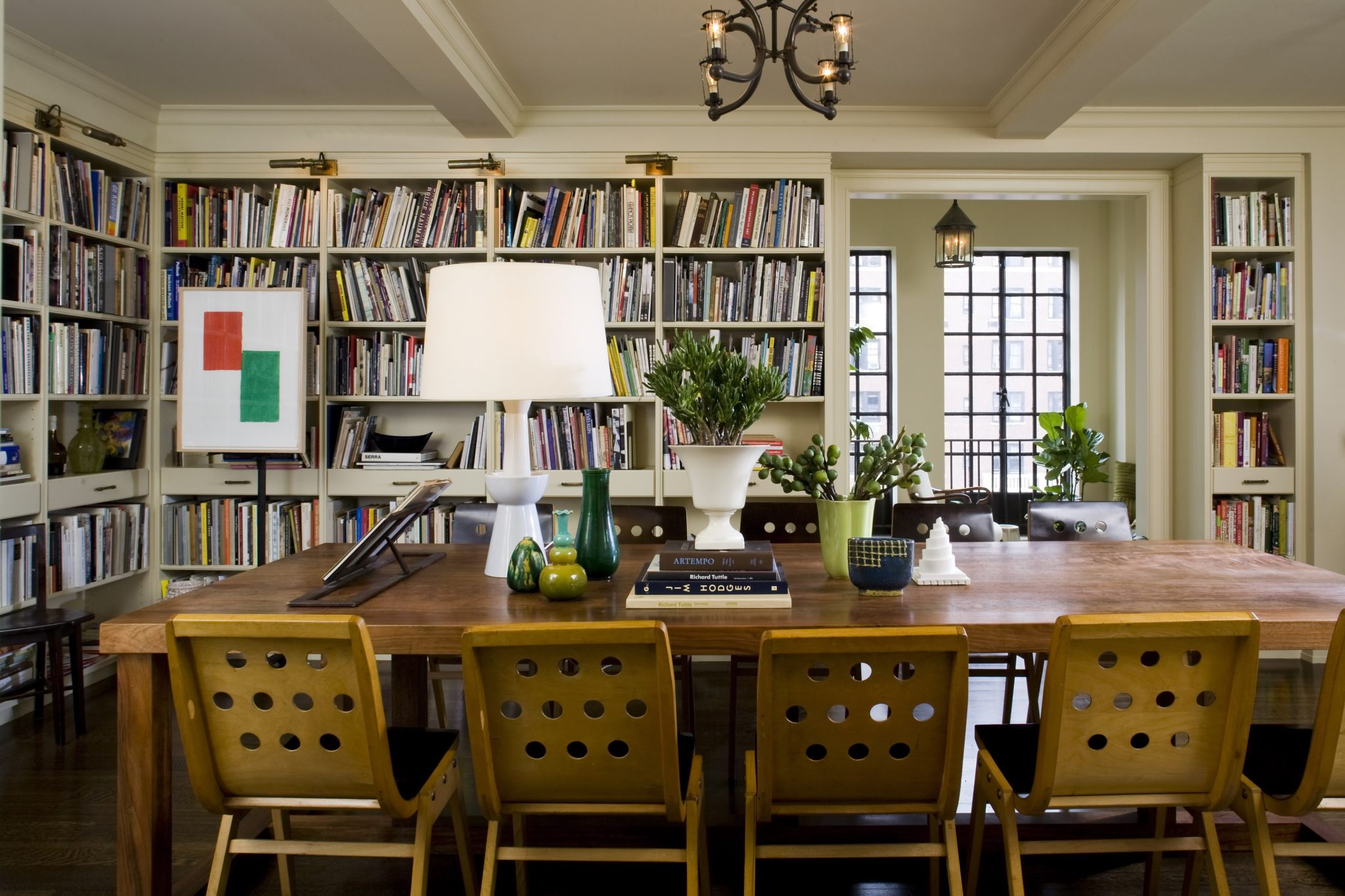 16 Chic Dining Rooms With Libraries Chairish Blog