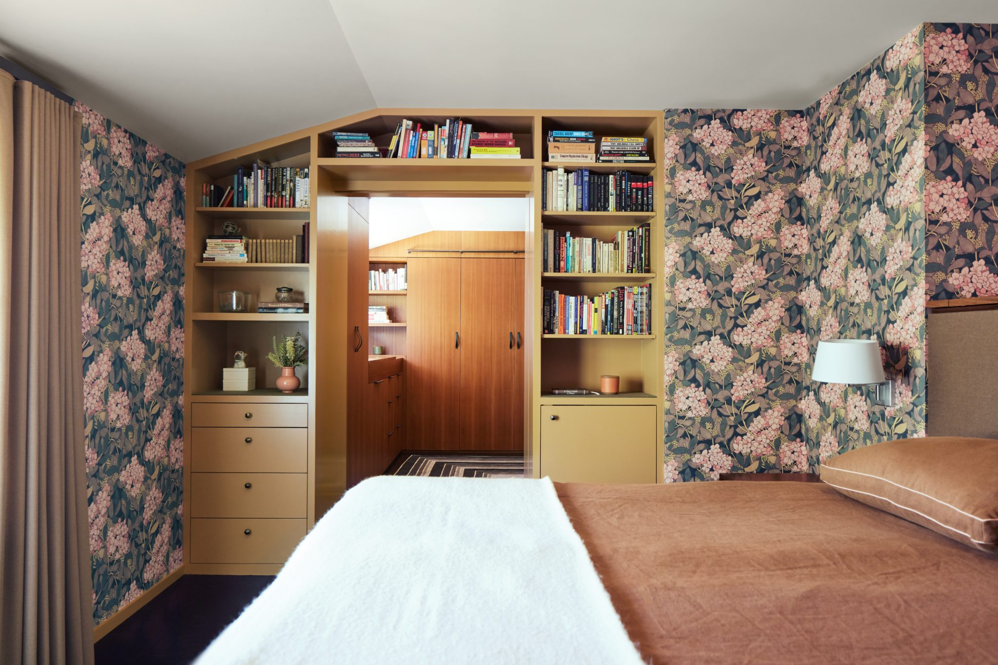 California Revival in Palo Alto - bedroom with custom shelving and wallpaper by Alden Miller Interiors