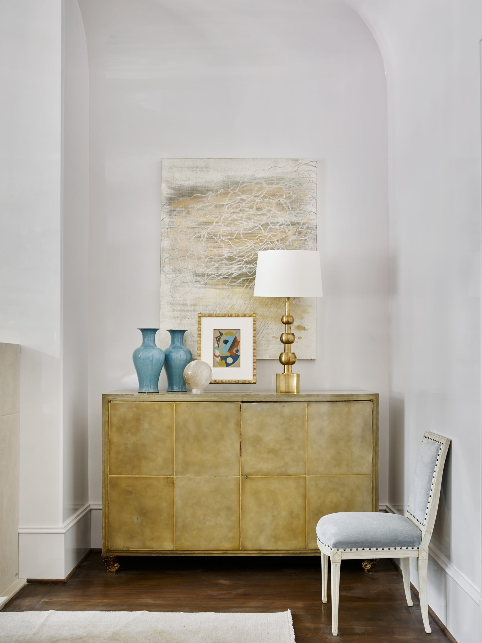 Southeastern Showhouse hallway detail by Suzanne Kasler Interiors