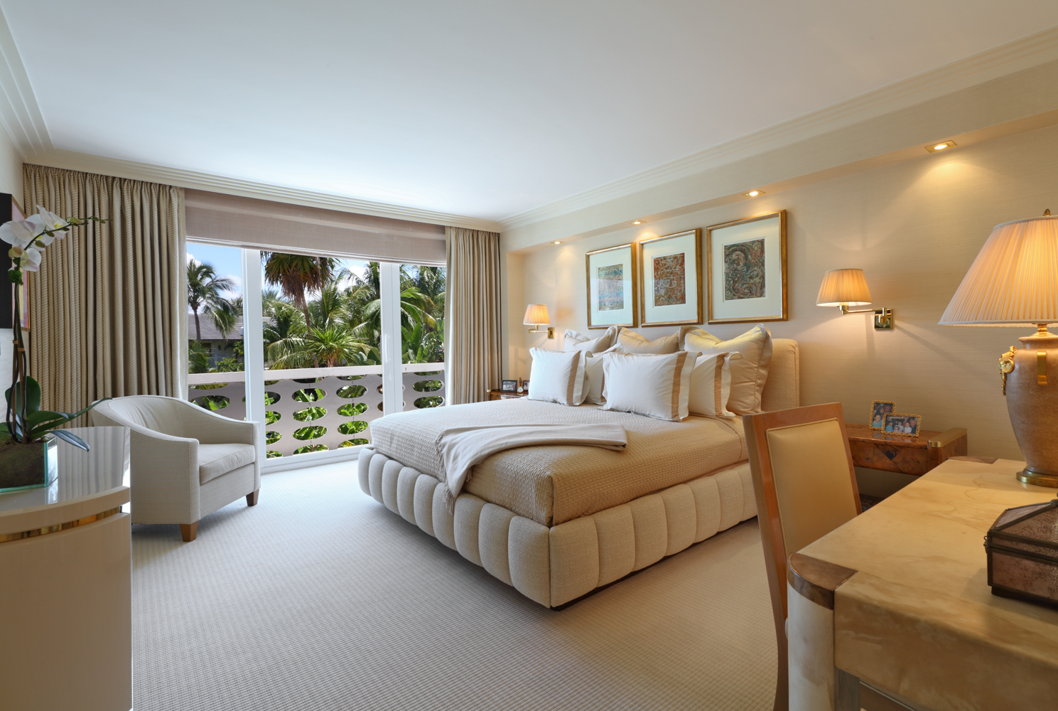 Palm Beachmaster bedroom by Jeffrey Parker Interiors, Inc.