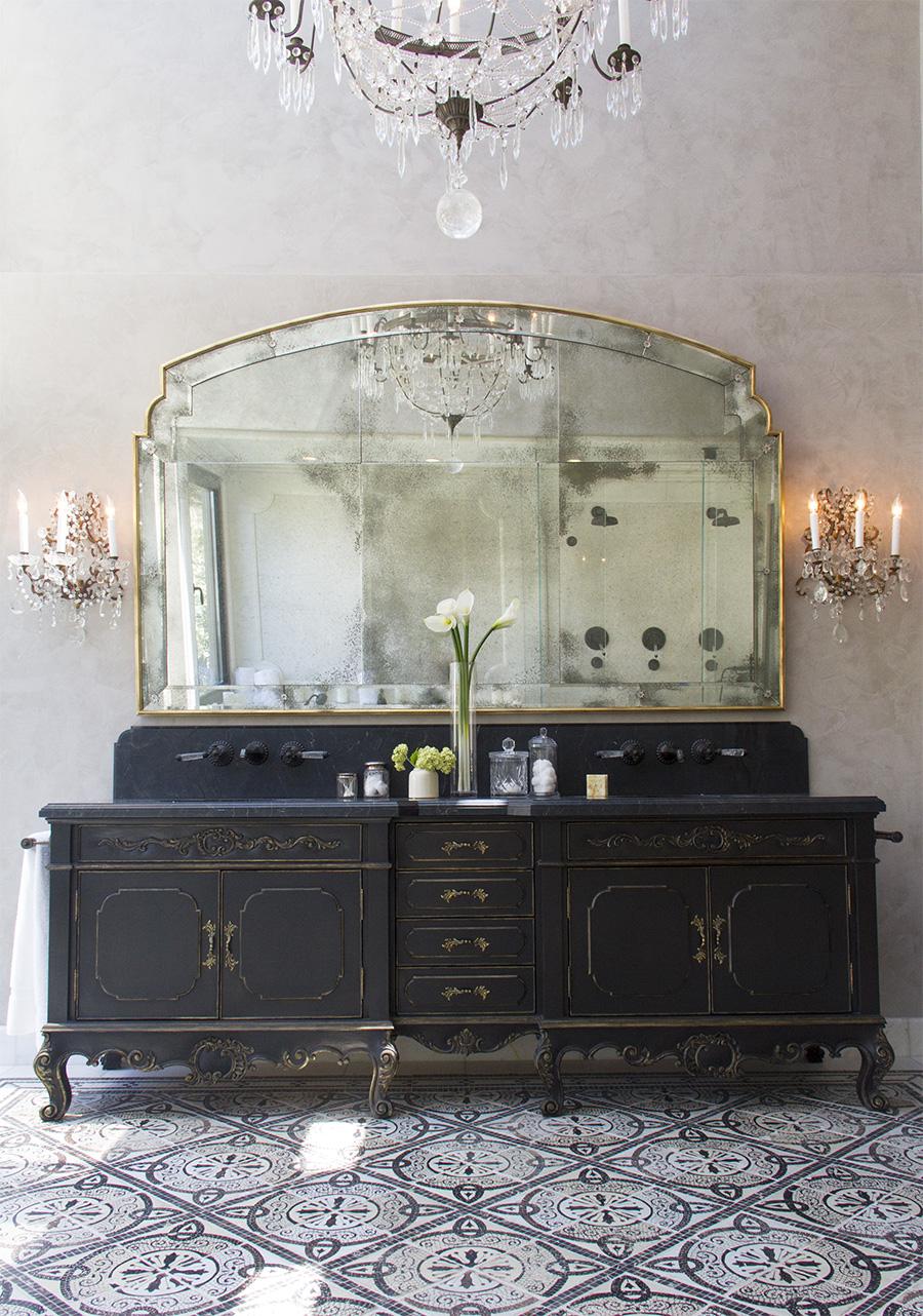 Carbon Master Bathroom -Malibu by Platner & Co.