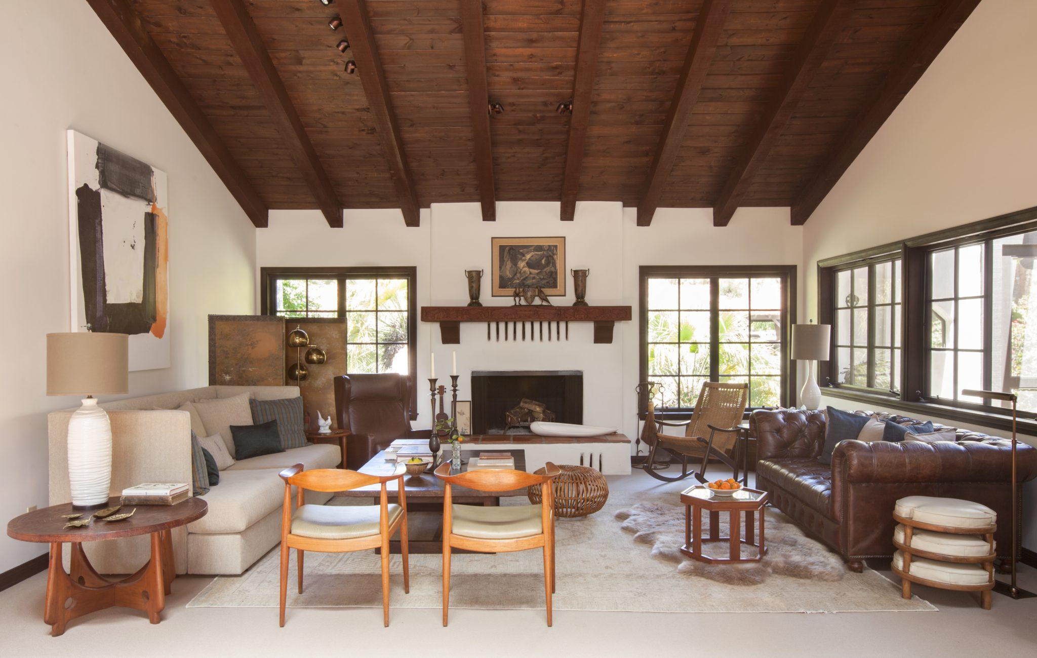Eclectic living room by Sarah Walker Design Associates