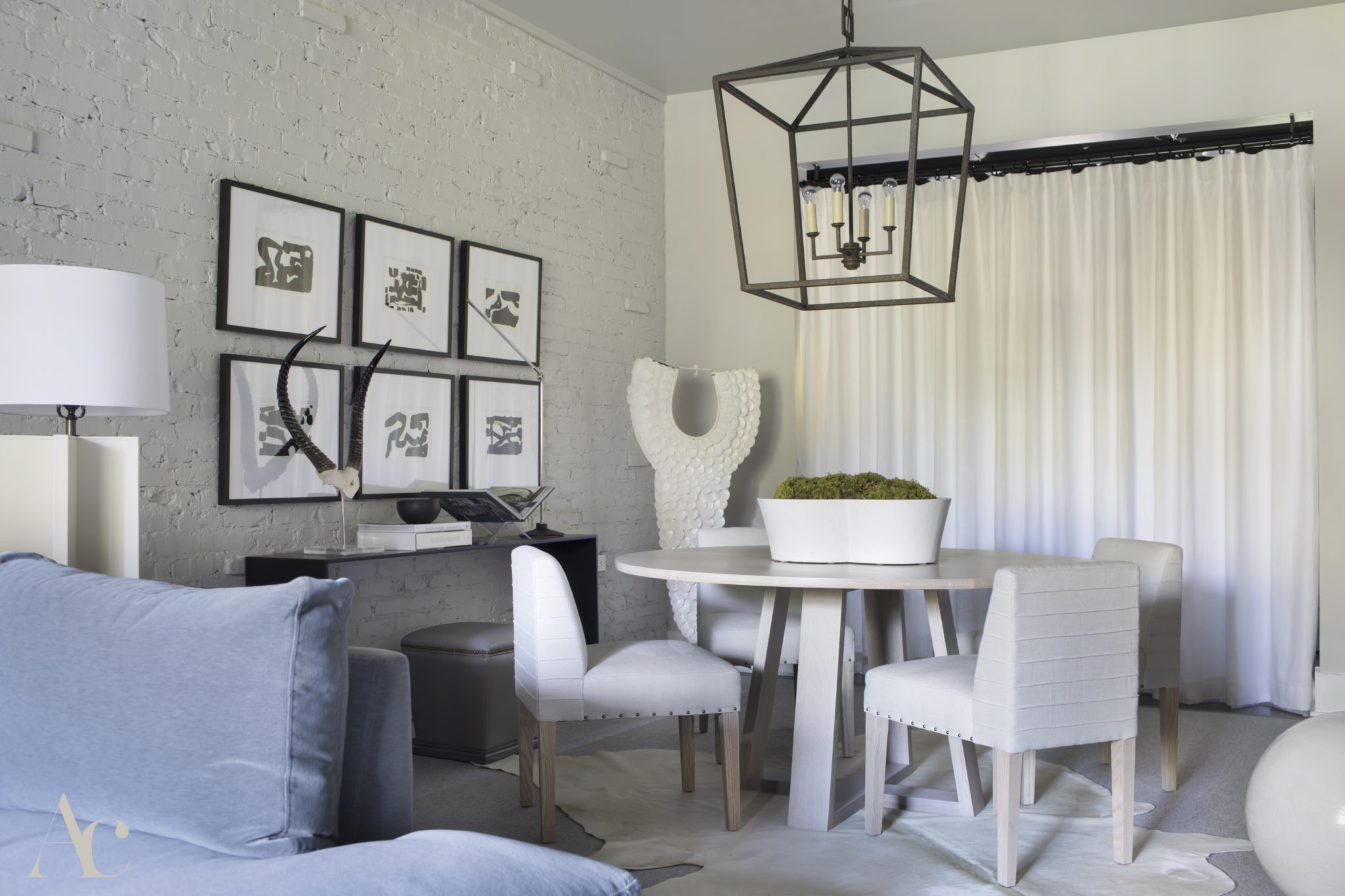 Modern Southern townhouse by Amanda Cooper Interiors