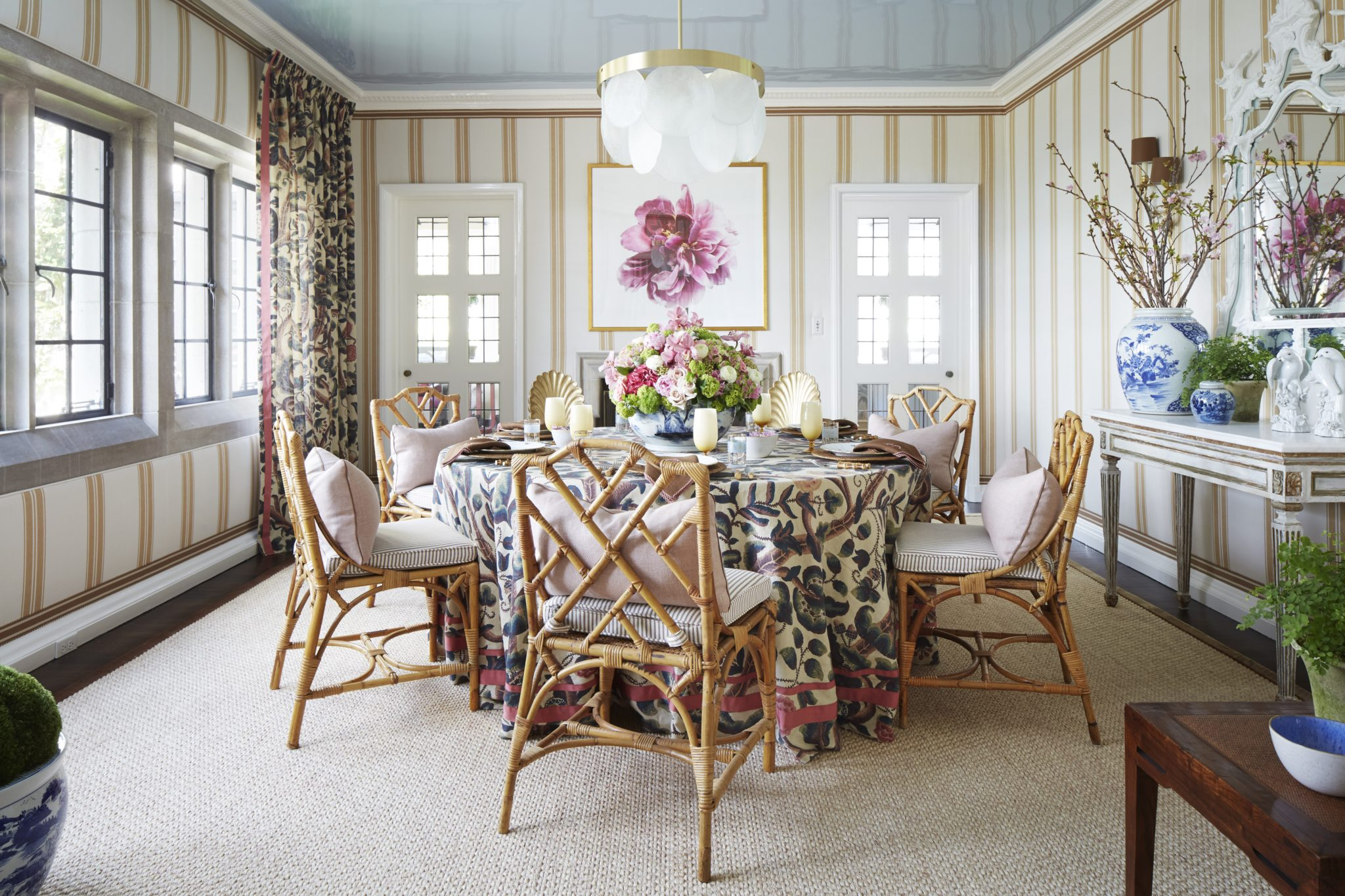 Dining room by Shelley Johnstone Design