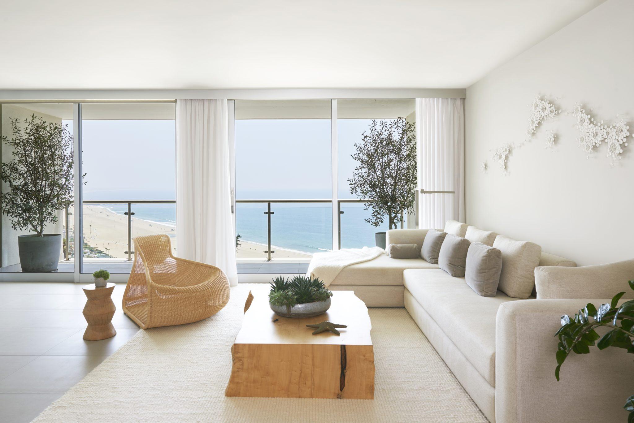 A Santa Monica penthouse perched high above Ocean Avenue. by Sarah Barnard Design