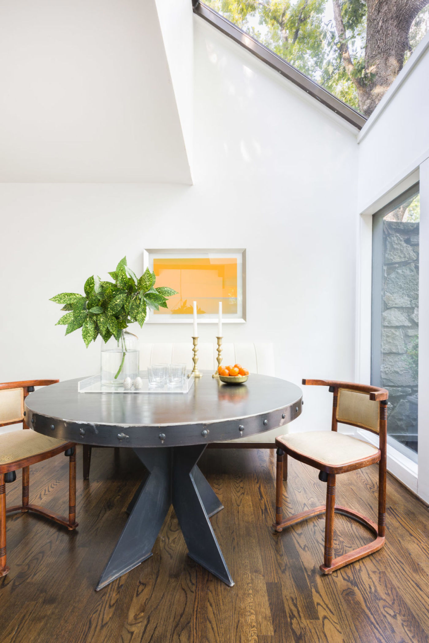 Architectural home breakfast room by Jason Arnold Interiors