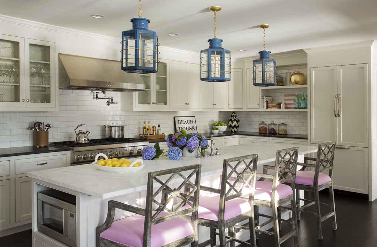 An elegant kitchen by Liz Caan Interiors LLC