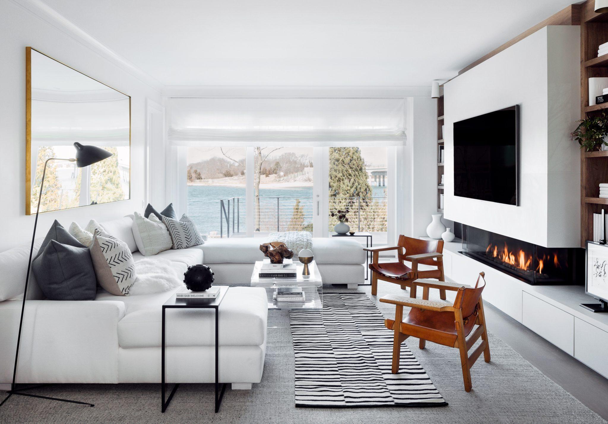 Sag Harbor Waterfront Living Room by Winter McDermott Design