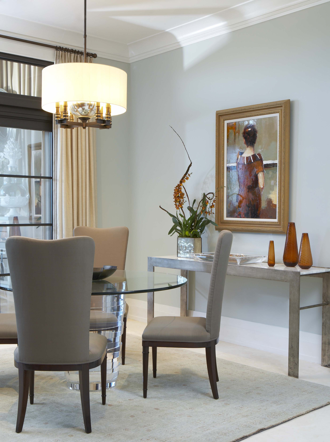High-rise dining by McLaurin Interiors