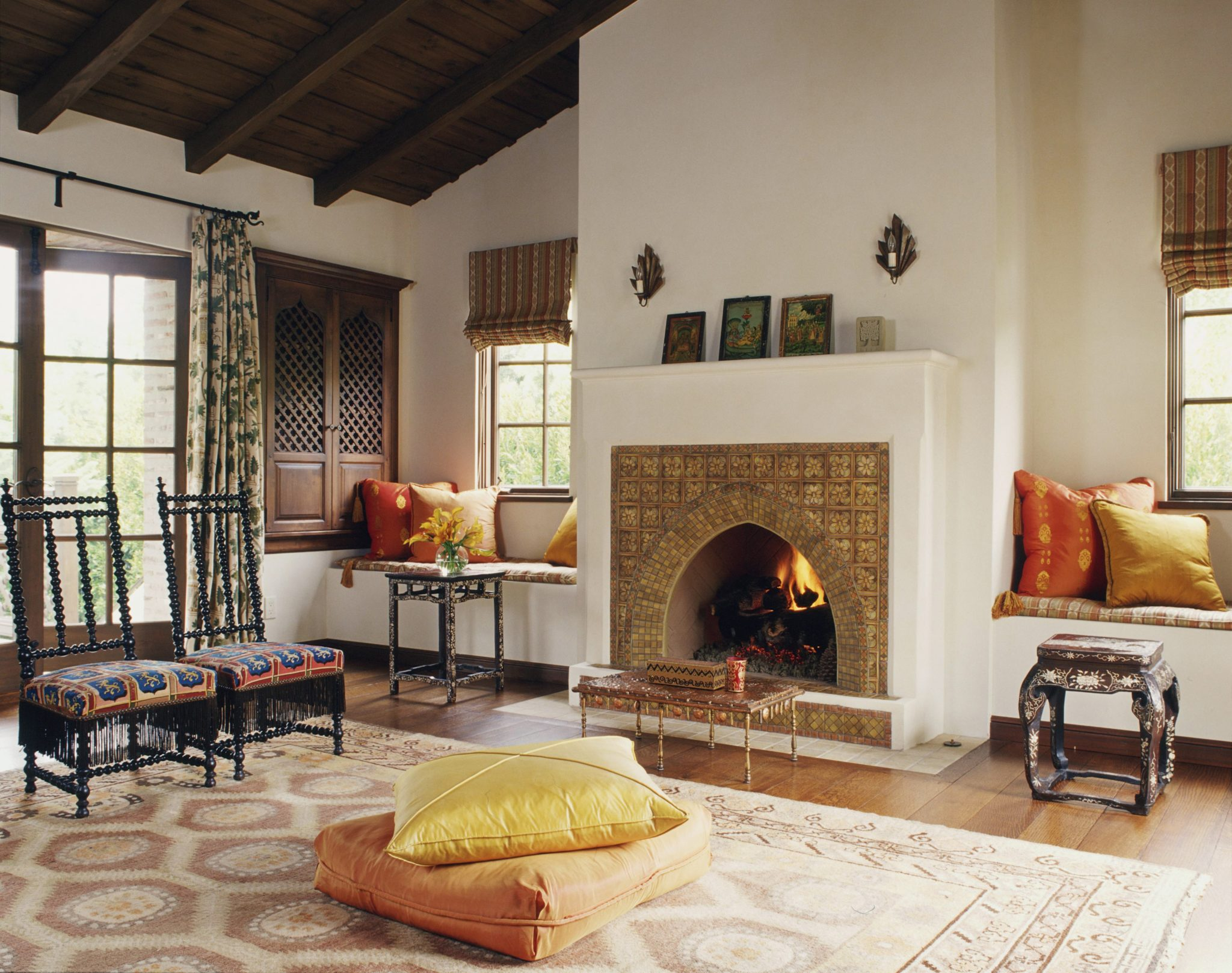 Sitting and meditation room with Moroccan details designed by Thomas Callaway Associates, Inc.