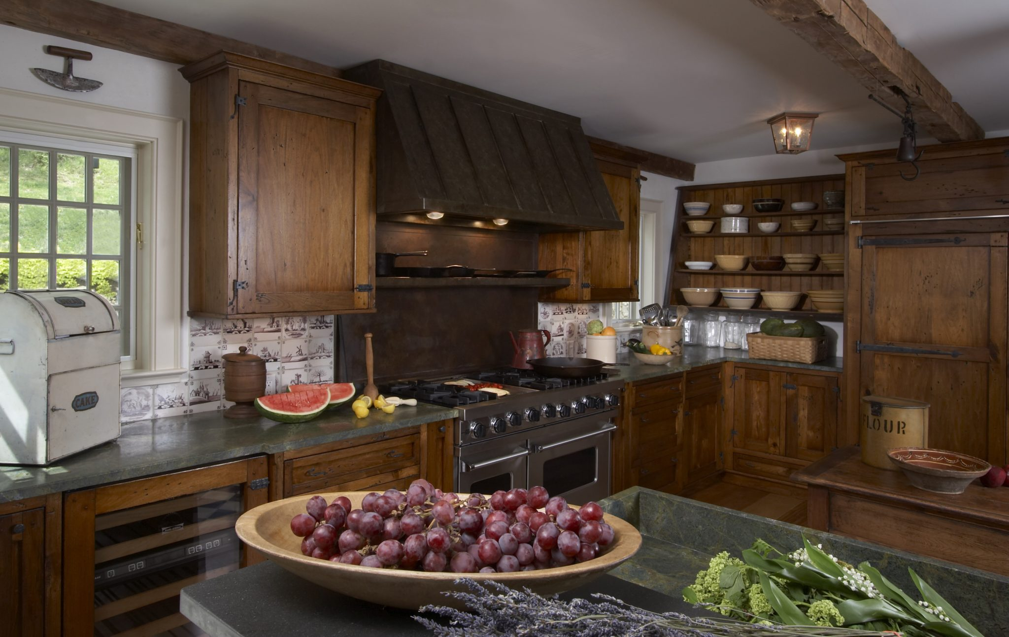 Americana kitchen - a traditional farmhouse kitchen updated for the 21st century. By Sarah Blank Design Studio